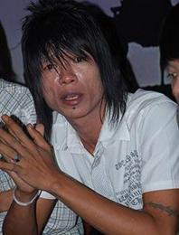"Andika ""Kangen Band"" Kecewa Bunga Tidak Datang Sidang"