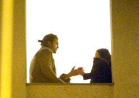 Ashton Kutcher Kepergok Pesta Bareng 'Demi Moore'